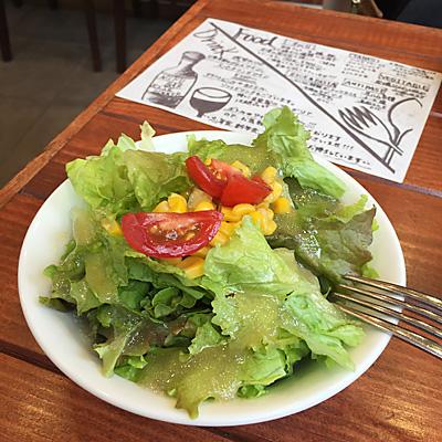 肉バルRISEランチサラダ